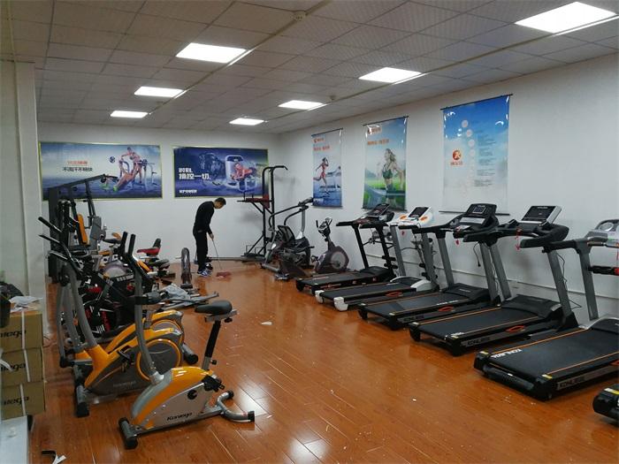 健身器材店_康乐佳健身器材专卖店中恒店开业